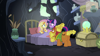 Twilight telling Fluttershy it's been three days S7E20