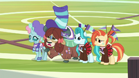"""Yona """"then what cheer squad do?"""" S9E15"""