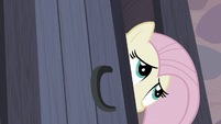 Fluttershy peers into Starlight's room S5E2
