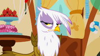 Gilda is not amused S1E05