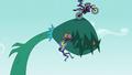 Indigo Zap jumps the vine like a ramp EG3.png