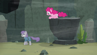 Maud Pie walks away from very low ledge S7E4