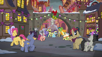 Ponies dancing in the Canterlot square S6E8
