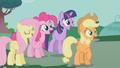Ponies happy S01E14.png