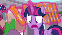 "Twilight ""and they're all orange!"" S9E3"