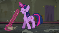 Twilight continues sweeping the floor S6E9