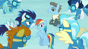 Wonderbolts looking suspicious at Rainbow S5E15