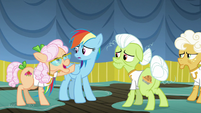 Apple Rose asks Rainbow what's wrong S8E5