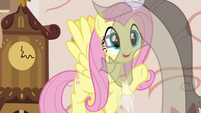 Fluttershy sees Discord get less transparent S7E12