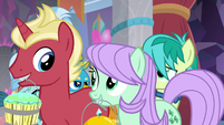 Friendship students pass by young five S9E7
