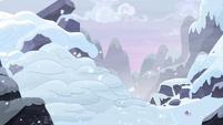 Giant pile of snow on the mountain S9E24