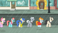 Manehattan ponies in line S4E08.png