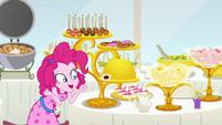 """Pinkie Pie """"Butter Biscuit Bundt Cake!"""" EGSB"""