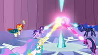 Sunburst runs quickly to the Crystal Heart S6E2