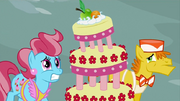 830px-Mr and Mrs Cake worried S2E24