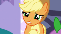 Applejack's head points to Spike S3E9
