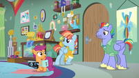 Bow and Windy enter the room after Scootaloo S7E7