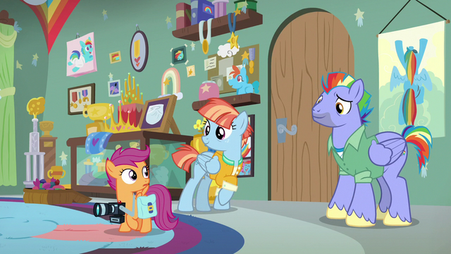 File:Bow and Windy enter the room after Scootaloo S7E7.png