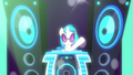 DJ Pon-3's pumping up the music S8E5.png