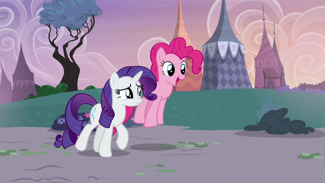 File:Pinkie Pie and Rarity return to Carousel Boutique S7E9.png