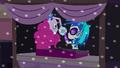 Pinkie hands DJ Pon-3 a music disc EG3.png