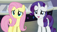 Rarity agreeing with her friends S8E4