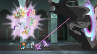 Twilight's rope reaches into Pony of Shadows S7E26