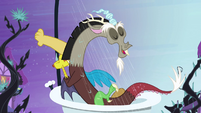 Discord in the shower S4E01
