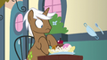 Ice cream sundae appears in front of Rare Find S7E14.png