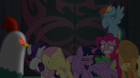 Mane Seven shielding their eyes S8E25
