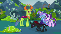 Pharynx walking past Starlight, Trixie, and Thorax S7E17