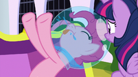 Pinkie Pie blowing raspberries S9E4