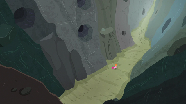 File:Pinkie Pie goes deeper into the gorge S7E4.png