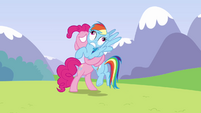 Pinkie Pie makes Rainbow Dash go Derp S3E07