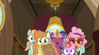 Ponies racing to Sparkle family's cabin S7E22