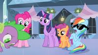 "Rainbow Dash ""'sup?"" S4E24"