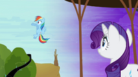 Rainbow Dash explains the situation S4E01