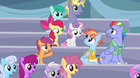 Scootaloo introduces Bow and Windy to her friends S7E7