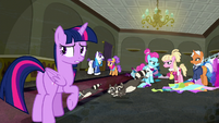 Twilight Sparkle --how did this happen--- S6E9