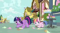 Twilight and Toola Roola duck under flying sundae S7E14