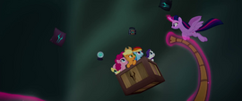 Twilight flying around her friends with the rope MLPTM