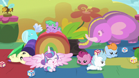 Flurry Heart having fun in the daycare S7E22