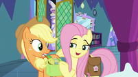 Fluttershy -a hug from Angel Bunny- S8E2