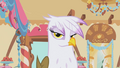 Gilda looks at Rainbow Dash S1E05.png