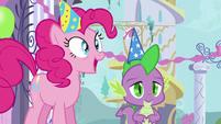 Pinkie Pie gets an idea S5E12