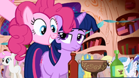 Pinkie Pie party library Twilight Sparkle hot sauce S1E01