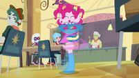 Pinkie Pie spinning around EG