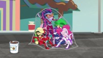 Power Pony girls get caught in a net EGS2