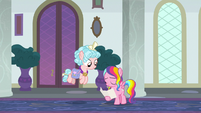Rainbow Harmony nodding to Cozy Glow S8E25