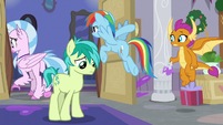 Rainbow leaving the room with Silverstream S8E16